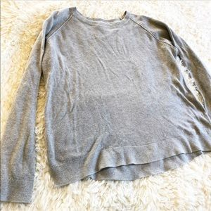 Everlane Gray Top Shirt Crewneck Sweater
